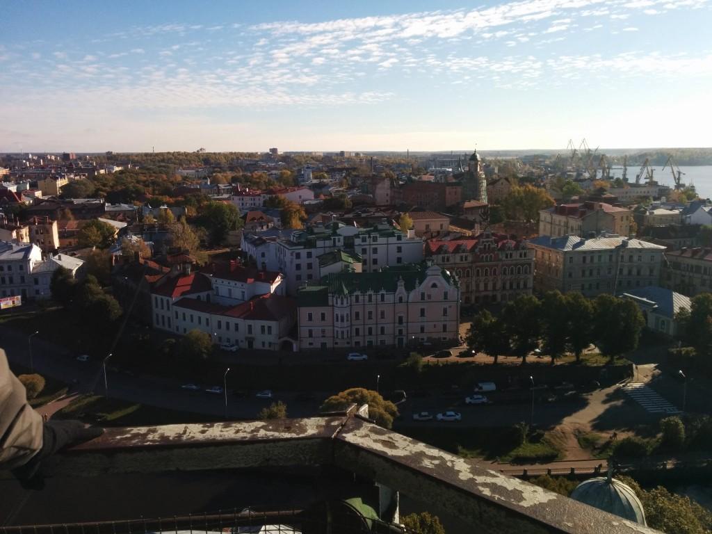 Вид на Выборг со смотровой площадки Башни Святого Олафа